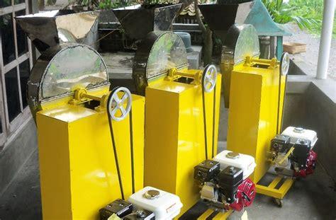 Mesin Perajang Rumput Manual mesin perajang empon empon margosari mesin