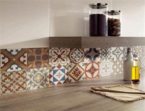 piastrelle per piano cucina muratura le mattonelle per cucina una soluzione per ogni stile