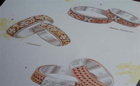 cincin kawin bermotif batik pilih yang mana