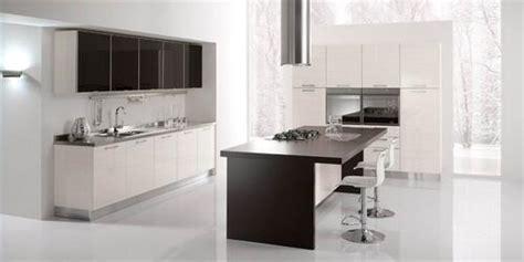 mensole laccate lucide cucine moderne laccate lucide opache laminato