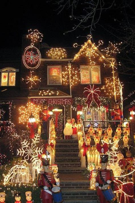 christmas in nyc brooklyn dyker heights joyeux no 235 l