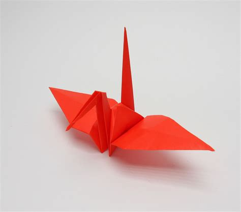 Traditional Origami Crane - fold all kinds of things with origami a traditional