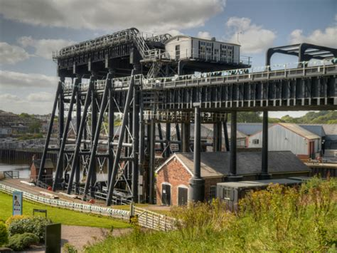 boat lift transport anderton boat lift visitor centre cheshire jpg goup
