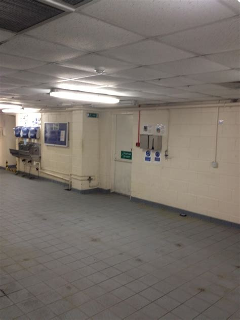 the changing room kelray hygienic environment food manufacturing factory
