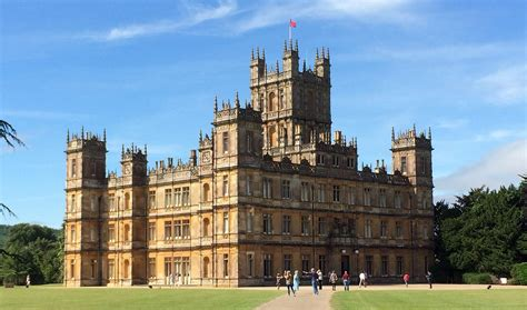10 steps to getting downton style at home