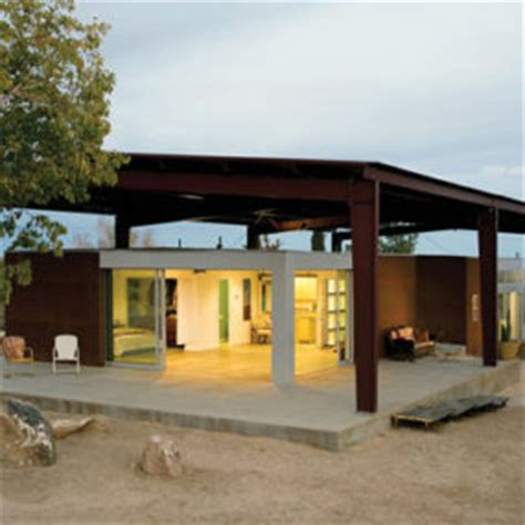desert house with awesome viewing veranda next to pool