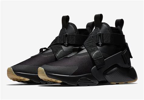 Sepatu Nike Snekaers sepatu nike air huarache city 2018 dirilis dalam colorway