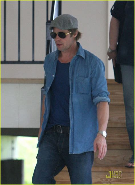 Background Check New Orleans Sized Photo Of Brad Pitt Checks Up New Orleans 01 Photo 2475871 Just Jared