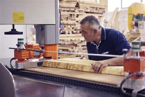 produzione sedie legno produzione sedie e arredi in legno su misura motterani