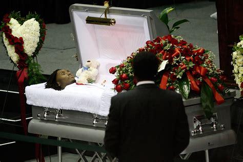 image gallery notoriousbig funeral open casket