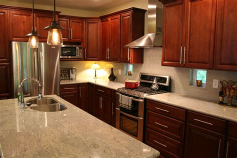 kitchen backsplash ideas dark cherry cabinets i love my kitchen dark cherry cabinets cashmere granite