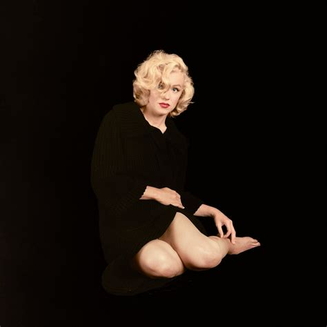 images of marilyn new book reveals never before seen marilyn photos