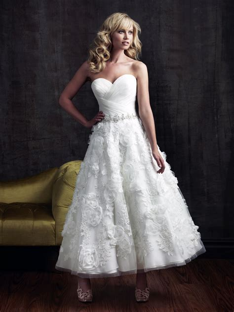wedding gown   The Best Wedding Blog Ever by Marilyn's