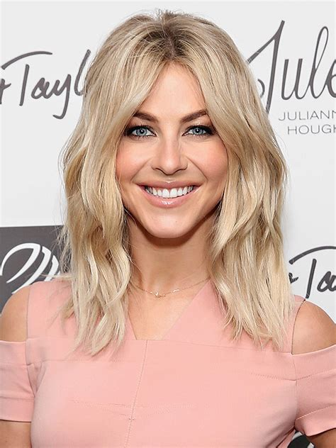 how does julienne hough style her hair julianne hough just swapped her lob for wavy extensions
