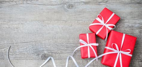 11 great gifts for your great customers businesscollective - How To Check What S On A Gift Card