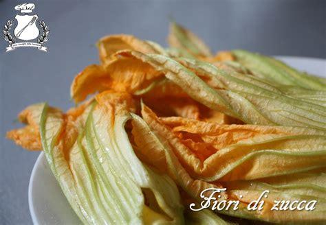 fiori di zucca ripieni alla romana fiori di zucca fritti alla romana ricetta