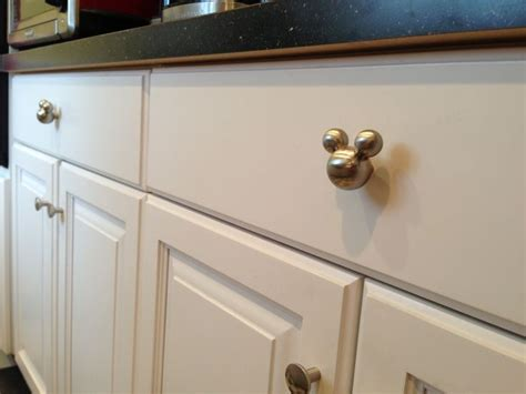 Mice In Kitchen Drawers by 25 Best Ideas About Mickey Mousr On Mickey