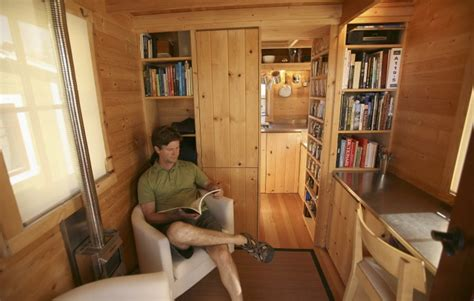 small homes that live large tiny house movement drawing bigger following in u s