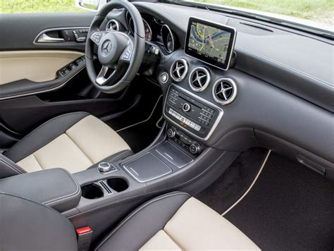 mercedes classe a premium interni mercedes classe a next tanti accessori in pi 249 news