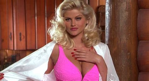 nicole s anna nicole smith s doctor makes wild claims about her