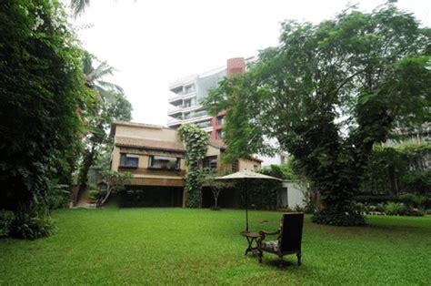 amitabh bachchan house amitabh bachchan s bungalows jalsa janak and prateeksha