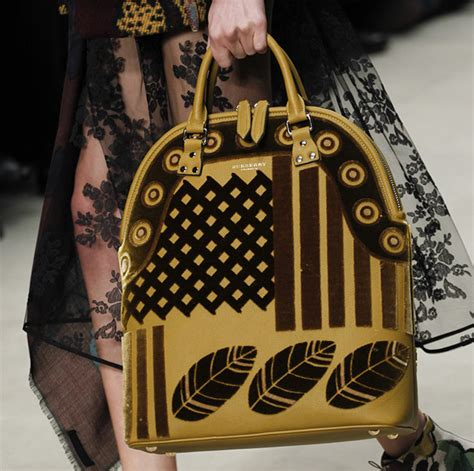 Burberry 2008 Handbags Runway Review by Burberry Fall 2014 Runway Bags 7 For Best Designer
