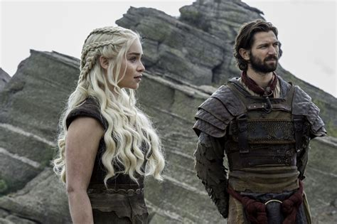 game of thrones 101 meet kinvara the new red woman game of thrones new photos of sunday s the door jon