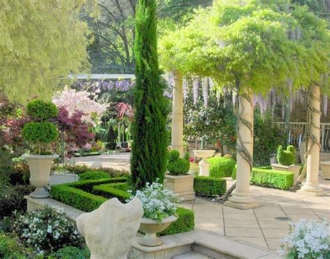 tuscan garden ideas garden bliss pinterest