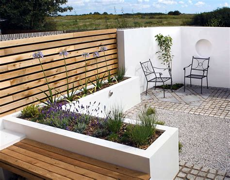 Contemporary Bed Designs Contemporary Courtyard Garden Small Contemporary Garden Ideas