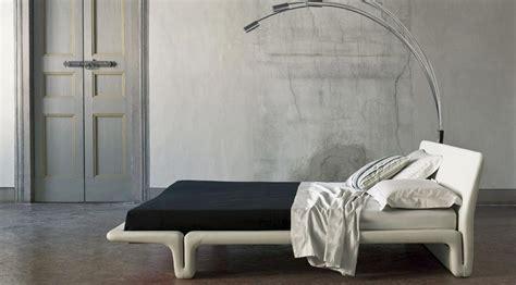 letto baldacchino moderno letto a baldacchino il classico si veste di moderno