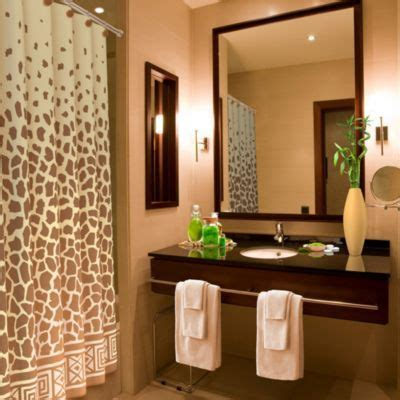 Safari Bathroom Ideas Best 25 Safari Bathroom Ideas On Pinterest Themed Living Room Jungle Themed Living
