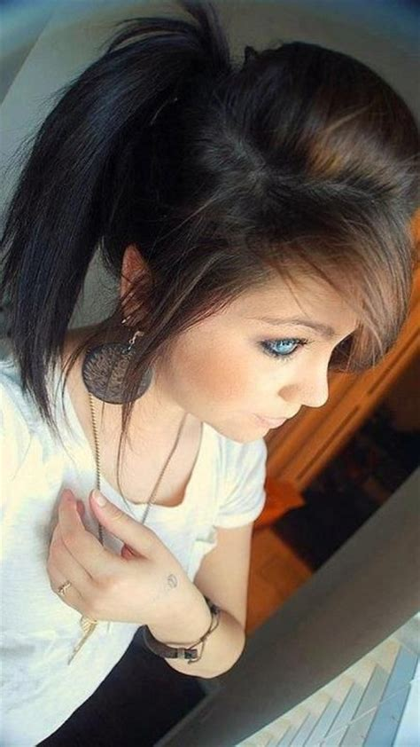emo hairstyles ponytail what a cute ponytail hairy situations pinterest