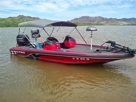 bimini top by boat fishing safaris nitro z7 bass boat with a bimini top