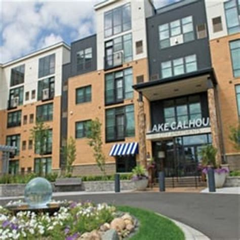 3 bedroom townhomes for rent in mn lake calhoun flats 31 photos apartments uptown