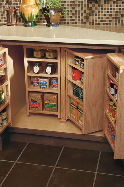 base pantry cabinet homecrest cabinetry