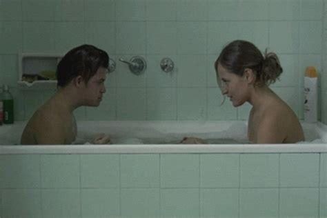bathroom y movie foto de marta larralde en la pel 237 cula le 243 n y olvido foto