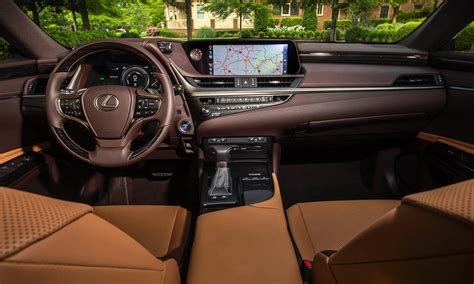 lexus es interior 2019 lexus es review kelley blue book