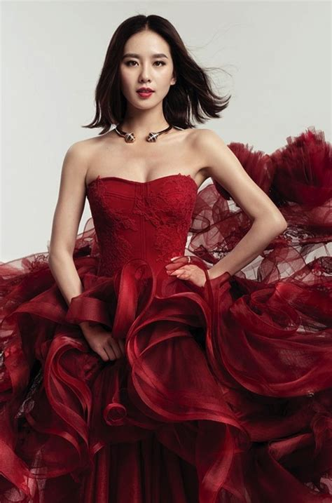 Dres Shi Shi 79 best images about liu shi shi 刘诗诗 on hong kong harpers bazaar and vintage