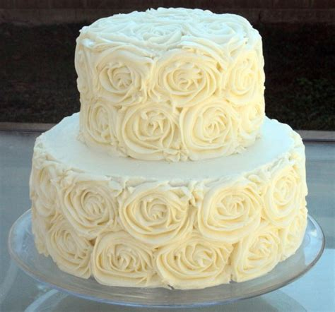 Best Buttercream Frosting for Wedding Cakes   Wedding and