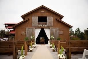 Cool Barn Ideas 37 Cool Outdoor Barn Wedding Ideas Weddingomania