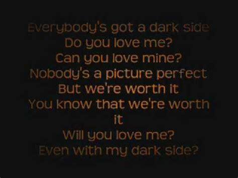 alan walker darkside meaning kelly clarkson dark side lyrics on screen youtube