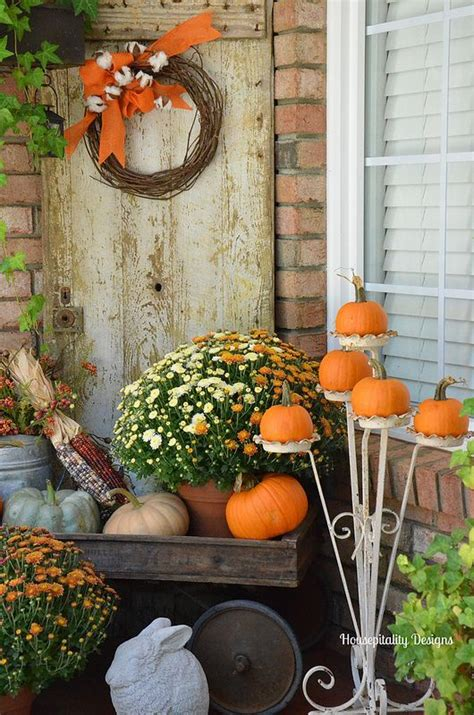 pumpkin displays fall decorating 25 outdoor fall d 233 cor ideas that are easy to recreate