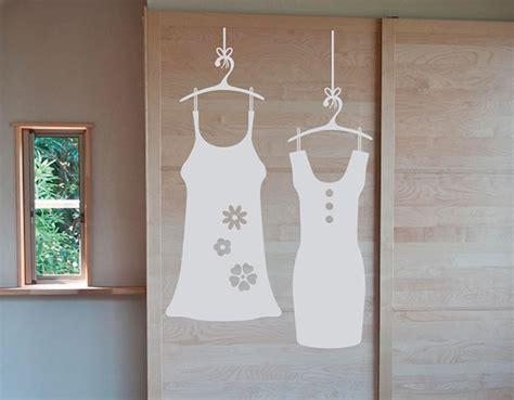 vinilos adhesivos sobre moda  decoracion de armarios