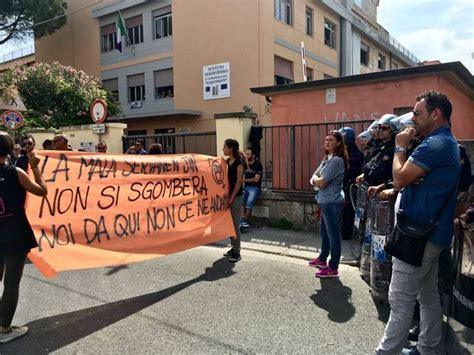 la casa delle donne sgomberata la casa delle donne tensione e scontri