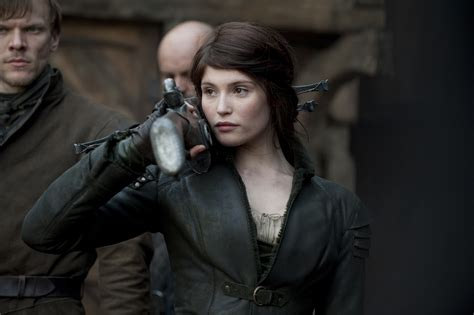 hansel y gretel 8 new images from hansel and gretel witch hunters starring jeremy renner and gemma arterton