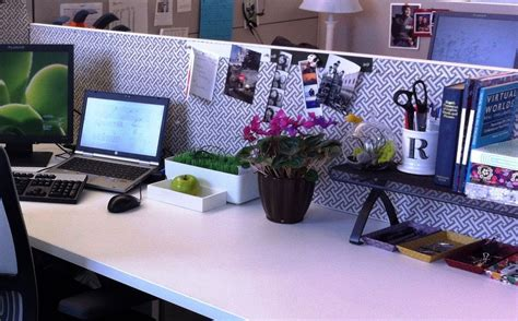Amazing Of Top Lovely Cubicle Decor Ideas And Fresh Flowe Office Desk Decorating