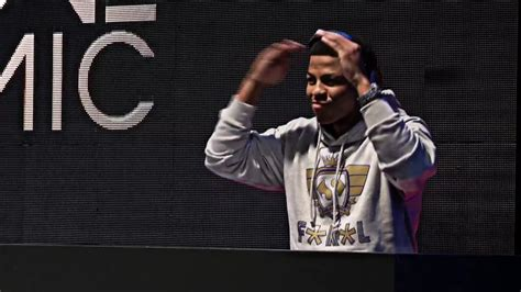 One Mic one mic rapper on sabc1