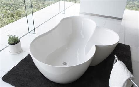 unique bathtubs utuwa bathtub by spiritual mode freshome com
