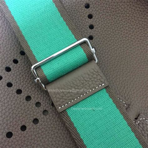canapé togo prix authentic hermes evelyne pm iii in etoupe hermes taschen