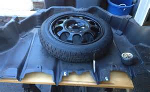Nissan Leaf Tires 2013 Nissan Leaf With A Spare Tire And No Trunk Space Lost